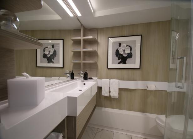 edgebathroom