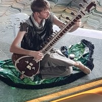 Sitar Player in Eden